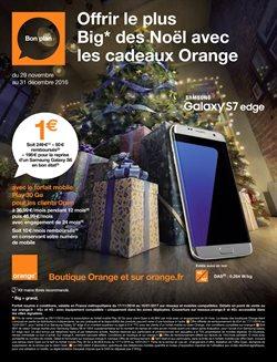 Offrir le plus Big des Noël avec les cadeaux Orange