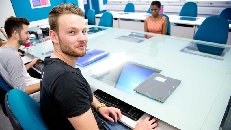 pc portable offre comparatif pour étudiant